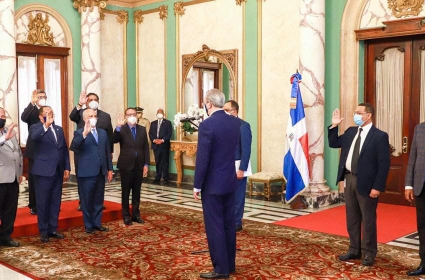 Presidente Abinader califica de actitud patriótica la recuperación de los terrenos del Estado
