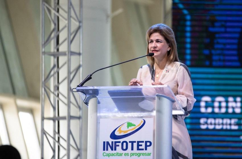 INFOTEP culmina en congreso encabezado por la vicepresidenta Raquel Peña, su proceso de consulta sobre el futuro de la formación técnico-profesional