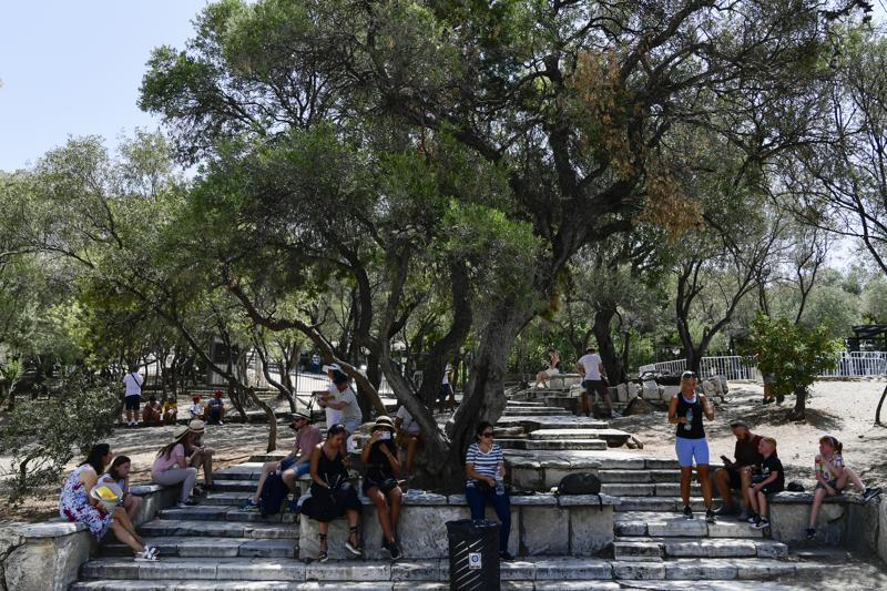 Grecia cierra unas horas la Acrópolis por ola de calor