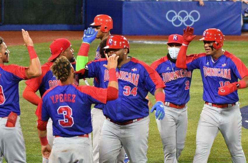 Selección de Béisbol RD se juega permanencia; Florentino debuta en salto ecuestre