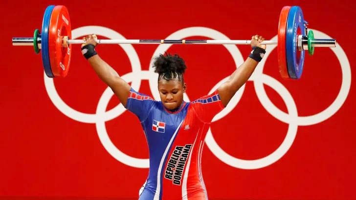 Crismery Santana consigue medalla de bronce en pesas Juegos Olímpicos de Tokio