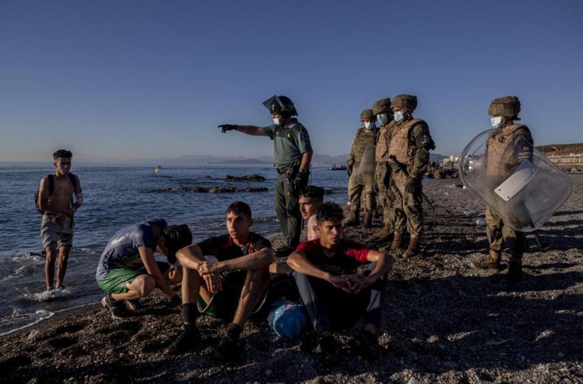 Critican programa de deportaciones de la UE