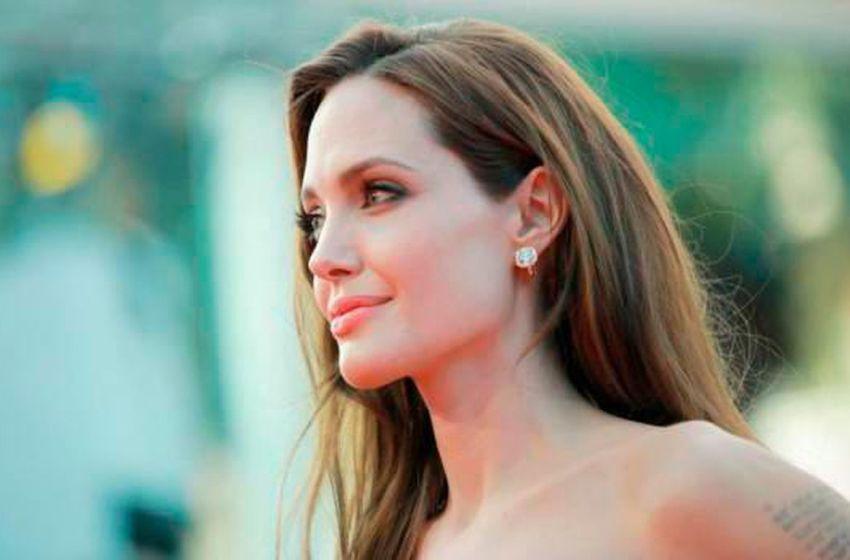 Angelina Jolie pide actuar contra la violencia de género en Congreso de EE.UU