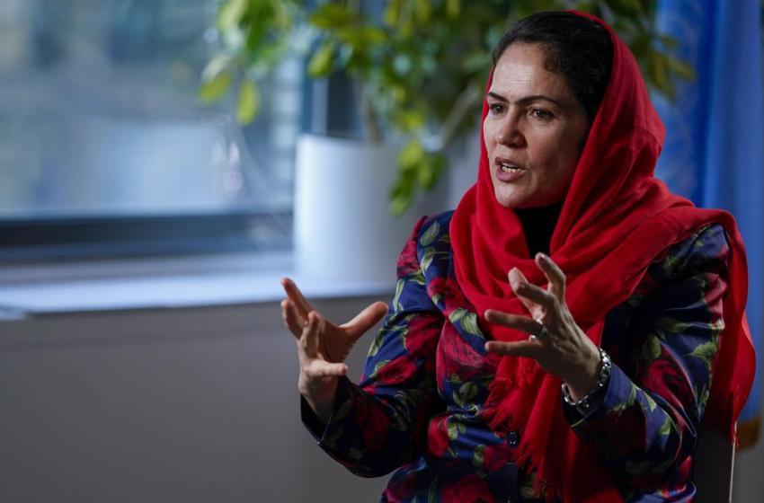 Peleó por derechos de la mujer afgana, se tuvo que exiliar