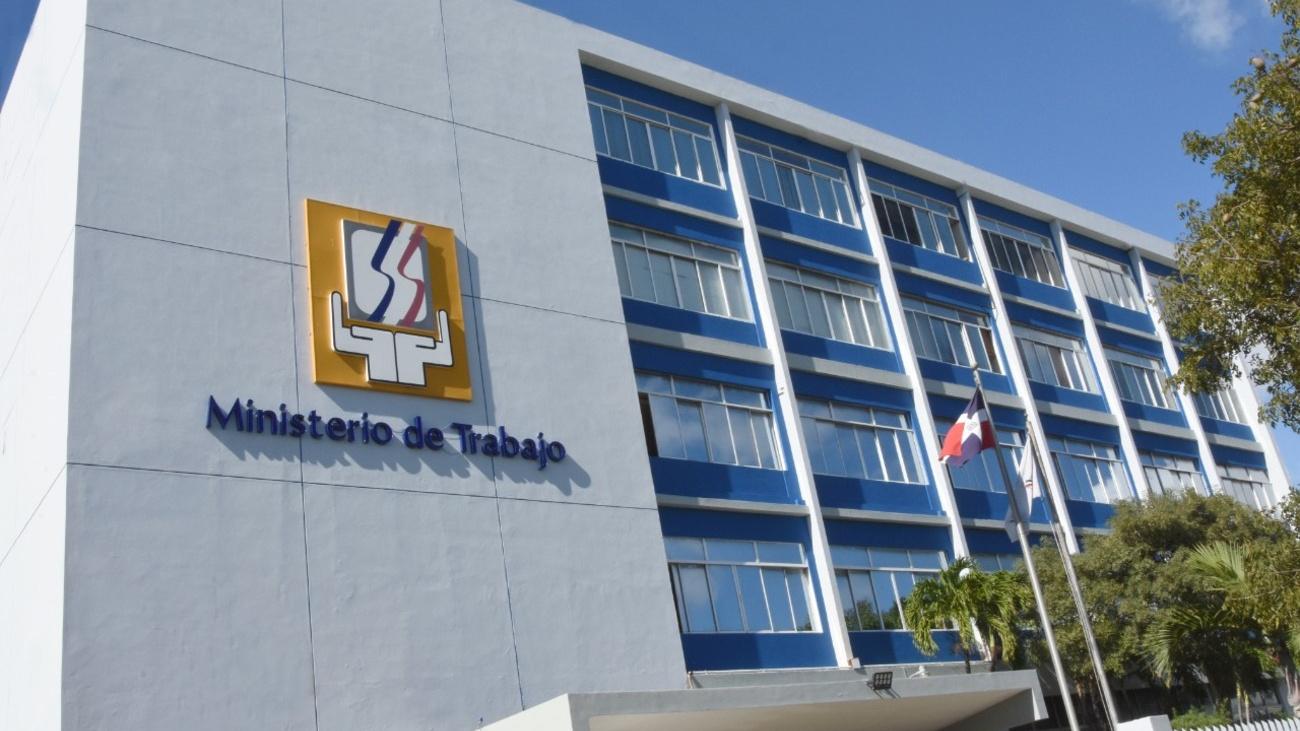 Gobierno invita a jornada de empleo en Santiago de Los Caballeros