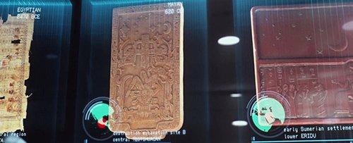 """Em Prometeu, semelhanças entre os artefatos da civilização egípcia, maia, suméria e outros antigos de levar a equipe de pesquisa para ir e buscar humanidade """"engenheiros""""."""