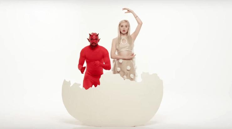 """That Poppy"" : The YouTube Star Under Illuminati Mind Control"