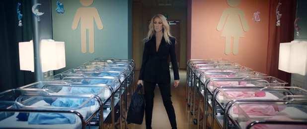 """Algo está terrivelmente errado com a linha de roupas """"Genderless"""" da Céline Dion"""