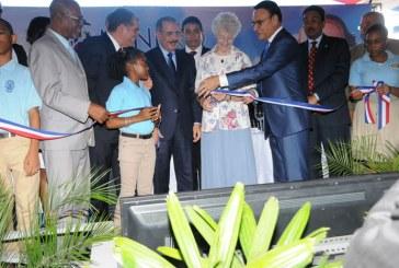 Presidente Medina inaugura ocho escuelas en La Romana y San Pedro de Macorís