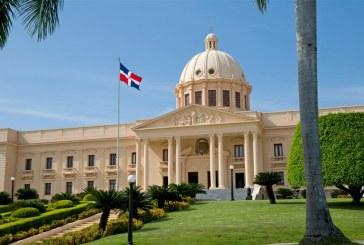Presidente Medina felicitó al Rey Felipe VI