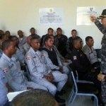El general Francisco Romer López, dirigió una orientación al personal que labora en el servicio de patrullaje preventivo.