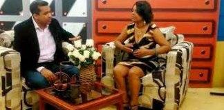 El cirujano plástico Orlando Vargas entrevistado por la periodista Yris Neida Cuevas