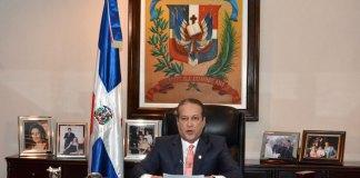 Reinaldo Pared Pérez dice que desde agosto se dedicará a buscar la presidencia de la República.