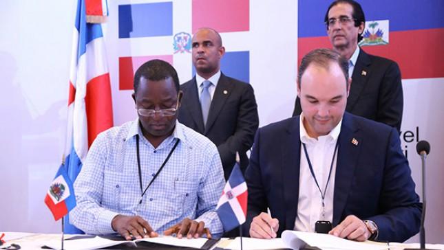 El acuerdo de entendimiento fue firmado por los ministros de comercios de los dos países.