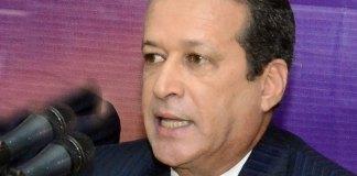 Reinaldo Pared Pérez, aborda la crisis del PLD en Europa.
