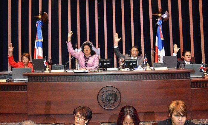 Los senadores convirtieron en ley el proyecto de Parque Nacional Loma Miranda