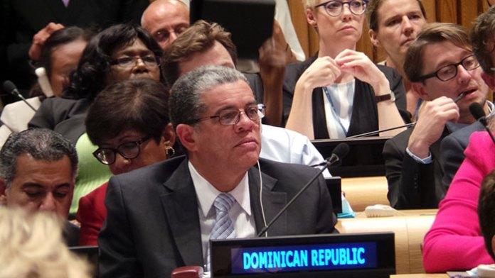 Carlos Amarante Baret durante su participación en las Naciones Unidas