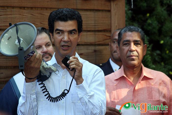 Concejal Ydanis Rodríguez llama a reelegir a Adriano Espaillat