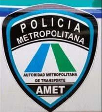 Agentes AMET apresan hombre con jeepeta reportada robada