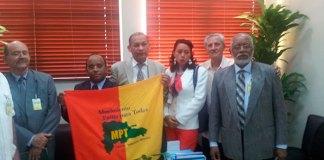 Los principales dirigentes del Movimiento Patria para Todos (MPT), encabezados por Fulgencio Severino, visitaron la JCE.
