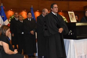 UASD rinde honras fúnebres restos de ex rector Miguel Rosado
