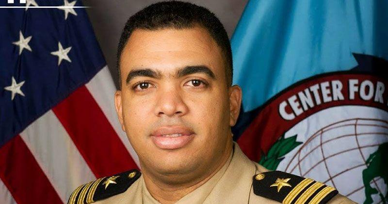 Desconocidos balean vocero de la Armada Dominicana