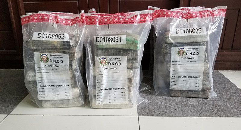DNCD ocupa 60 paquetes de cocaína y apresan cuatro personas