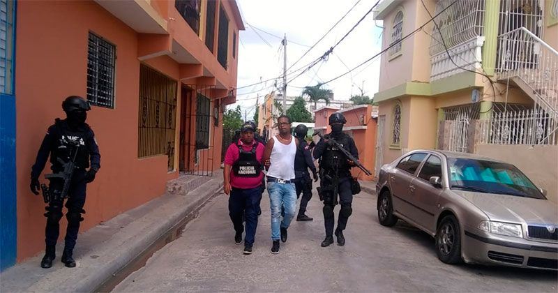 Agentes DNCD matan dos presuntos narcos durante operativo en La Romana