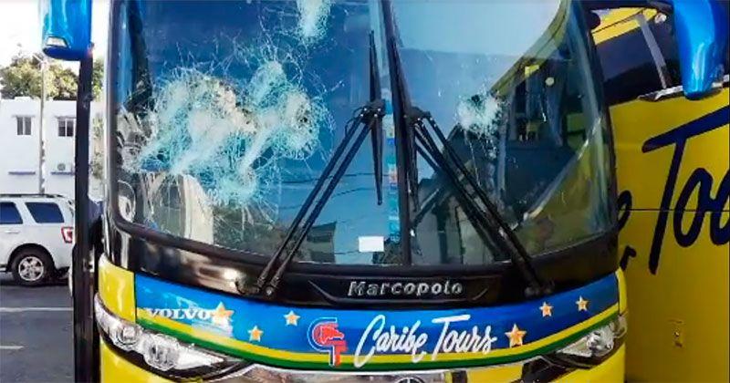 Chofer de Caribe Tours mata motociclista de un disparo