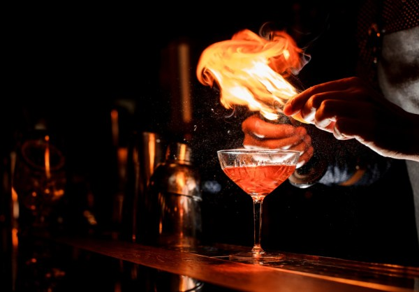 A Flaming Moe's-Themed Pop-Up Bar Is Coming – Stephanie ...