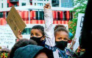 Contre le racisme, Legault veut de l'action, pas des mots
