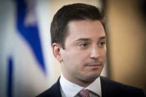 Le français au travail: Québec promet un «sérieux coup de barre»