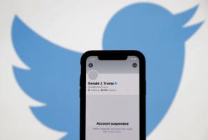 Trump censuré sur Twitter: «une vraie connerie», selon un patron de presse américain
