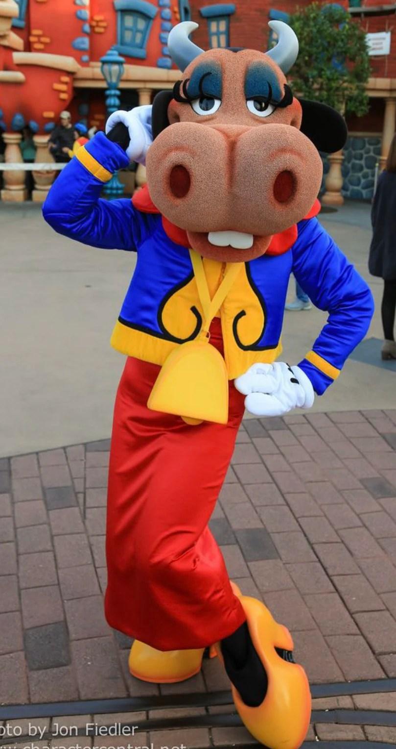 Clarabelle Cow Disney Parks Characters Wiki FANDOM