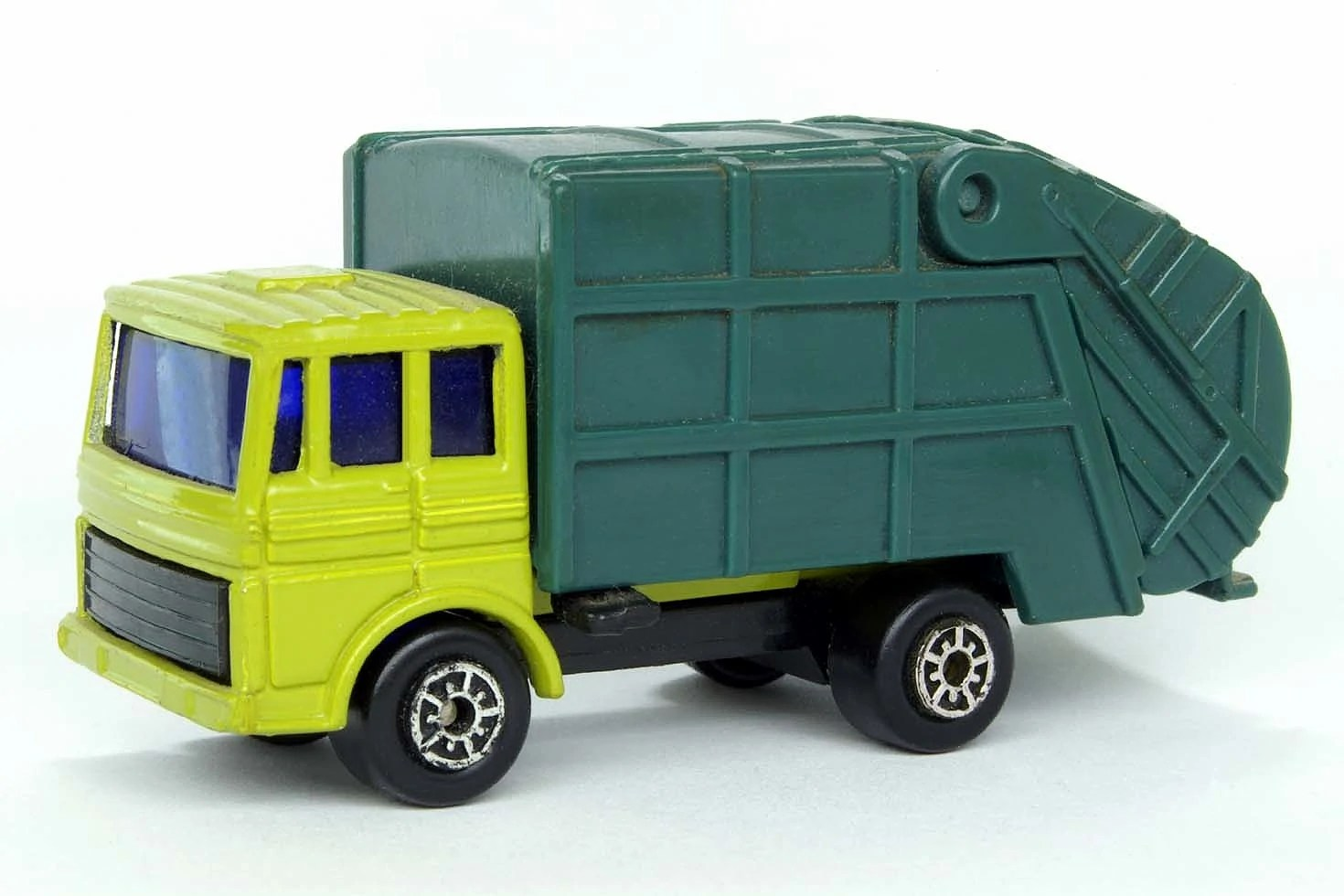 Disposal Truck Maisto Diecast Wiki FANDOM Powered By Wikia