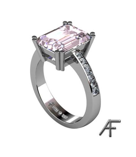 Morganitring i vitguld med diamanter