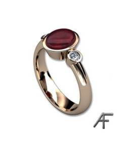 ring med rubin och diamanter
