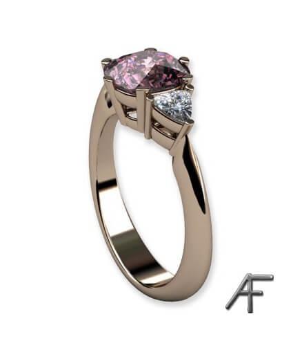 guldring med rosa spinell och trilliantslipade diamanter