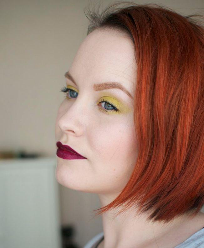 keltainen_meikki