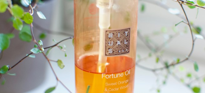 Rituals Fortune Oil Cedarwood & Orange Caring Shower Oil