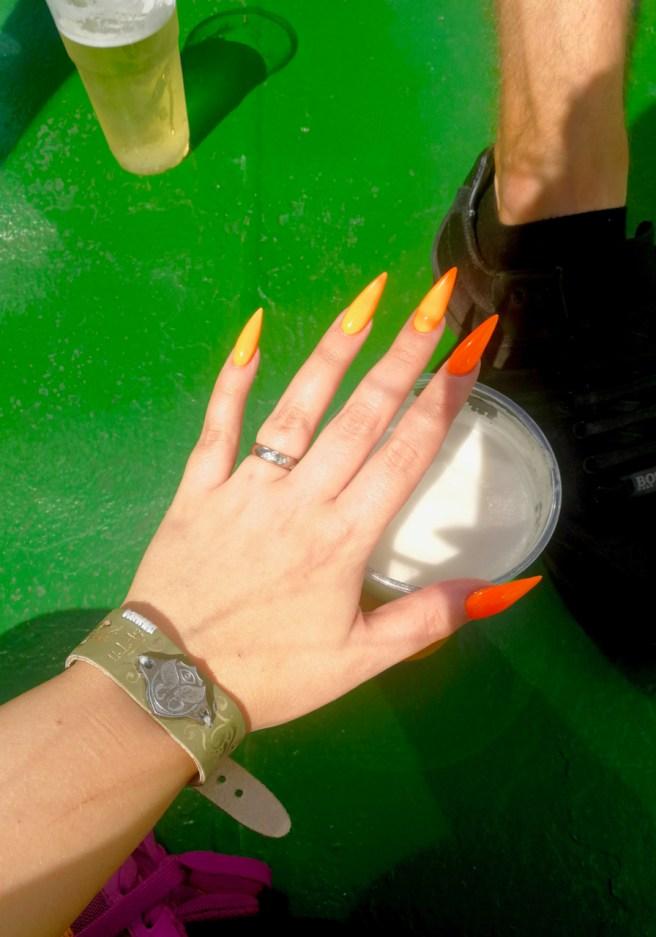 neon_orange_nails