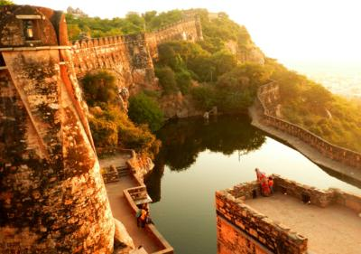 Chittorgarh Fort - Chittorgarh in Hindi | चित्तौड़गढ़