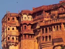 किले के छत पर रखे तोपों से होती थी 6 किलोमीटर के क्षेत्र की रक्षा