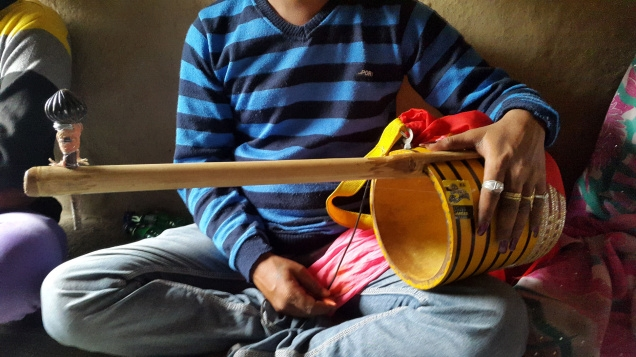 The sutti, another instrument used in their concerts.