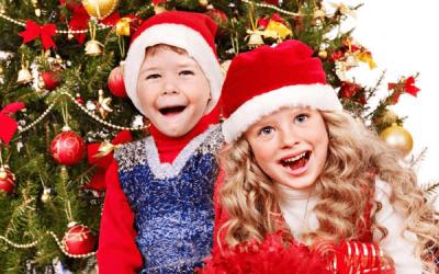 Праздник к нам приходит: 10 новогодних игр для детей и взрослых