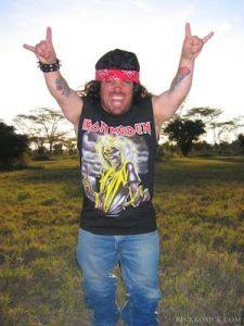 weeman metal salute