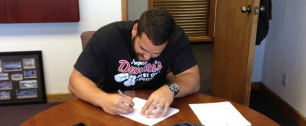 Matt Kalil Signing Rookie Contract