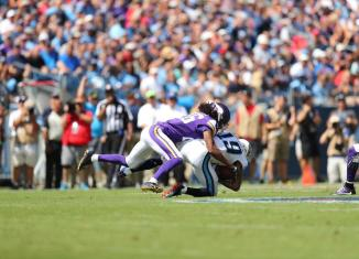 Vikings' Bumpy Win over Titans