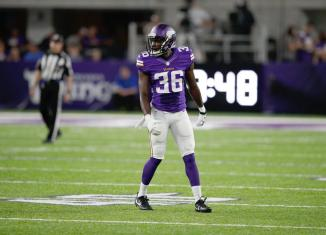 Vikings Sign Nine Players to Futures Contracts for 2017