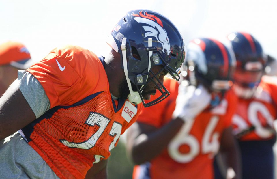Russel_okung_broncos_practice_2016_-_2-e1488254041293